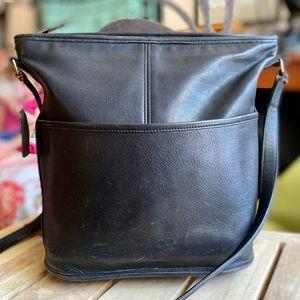 Vintage 90's Bucket Bag!